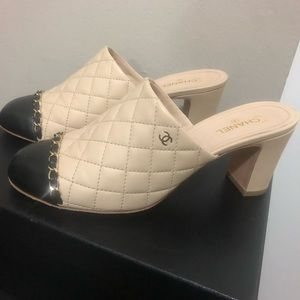 Chanel Beige/Black Two Tone Mules
